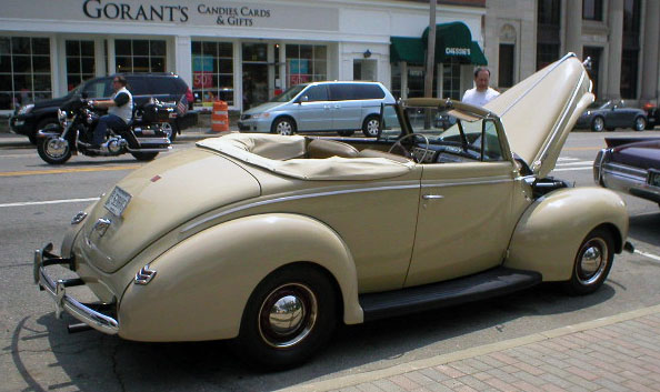 equally pretty 40 ford  again with a hot flathead under the hood